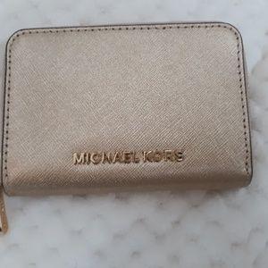 Michael Kors Pale Gold Zip Around Wallet Like New